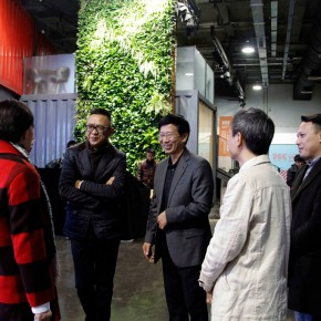 13 Dean Wang together with the teachers from the School of Design CAFA communicated with the guests who were present at the scene  290x290 - Design, to Create the Future We Want! & the Launch Ceremony of the Future Design Lab