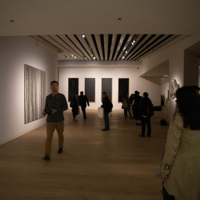 """14 View of the opening ceremony 290x290 - Yang Art Museum brings together works by 25 artists with its opening exhibition """"Concealed Power"""" in Beijing Solana"""