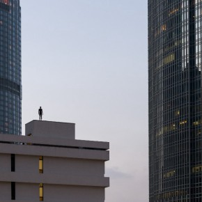 """Event Horizon Hong Kong is set in the citys central and western districts 01 290x290 - """"Event Horizon Hong Kong"""" features 31 sculptures installed among the Hong Kong cityscape"""