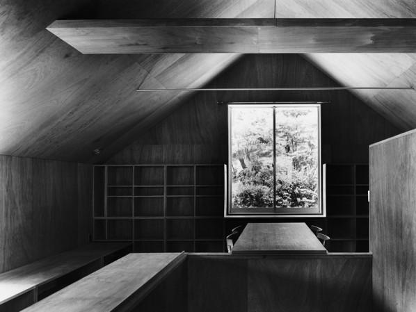 Kazunari Sakamoto, Lake house, Nago 1978. Via.