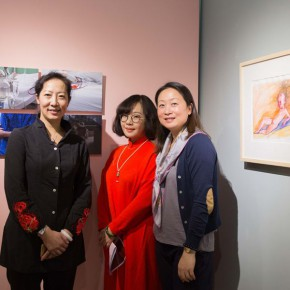 02 Group Photo of Honored Guests 290x290 - In the Mood for Love – the Exhibition of Female Artists' Growth in Art Forms is unveiled at the Gauguin Gallery at Wangjing SOHO