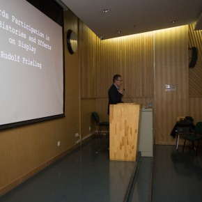 """05 View of the lecture  290x290 - """"Towards Participation in Art: History and the Effects on Display"""" a Lecture by Rudolf Frieling"""