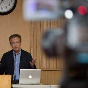 """08 View of the lecture  290x290 - """"Towards Participation in Art: History and the Effects on Display"""" a Lecture by Rudolf Frieling"""