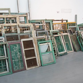 "08 Waste wooden windows at the entrance of the exhibition 290x290 - Reconsidering the Aesthetic Value of Everyday Objects: Song Dong's ""Surplus Value"" Exhibiting at Pace Beijing"