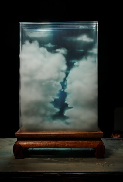 Cai Zhisong, Cloud Screen, 2014; Laminated Glass, Prints, 48x23x75cm
