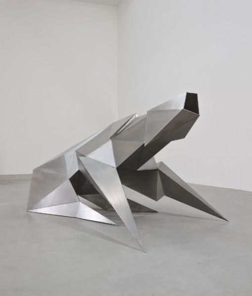 exhibition-by-lynn-chadwick-02