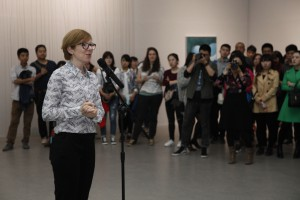 01 Director of OCAT Xian Karen Smith introduced spring exhibitions to the audience 300x200 - 01 Director of OCAT Xi'an Karen Smith introduced spring exhibitions to the audience