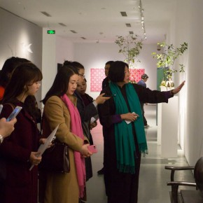 "02 Curator Liao Wen personally interpreted the work 290x290 - The Academic Exhibition ""Artificial Garden"": Curator Liao Wen Brings You to Experience the ""Artificial Garden"" of Contemporary Art"