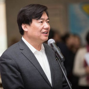 """02 Party secretary of CAFA Gao Hong addressed the opening ceremony 290x290 - Pursuit of Humanistic Care of Daily """"Sitting"""": The 7th """"Design for Sitting"""" Work Exhibition Unveiled"""