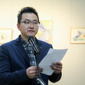 """02 Wang Guozhao hosted the opening ceremony of the exhibition  290x290 - Moving Forward Together: Joint Exhibition of CAFA """"Young Talent Residency Project"""" I & II Unveiled"""