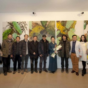 "05 Opening ceremony of ""Boundless Growth – Exhibition of Kang Lei's Works "" – Group photo of honored guests 290x290 - With a Spreading Posture: Boundless Growth – Exhibition of Kang Lei's Works Warmly Kicked Off at Today Art Museum"