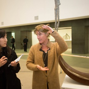 "06 The artist VAL guided the media to visit the exhibition 290x290 - ""Anatomy of a Creative Path"" kicked off at CAFA Art Museum: Reviewing the Creative Road of the French Female Sculptor VAL"