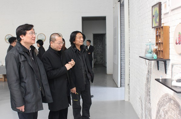 07 Honored guests visited the exhibition