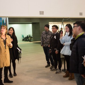 "07 The artist VAL guided the media to visit the exhibition 290x290 - ""Anatomy of a Creative Path"" kicked off at CAFA Art Museum: Reviewing the Creative Road of the French Female Sculptor VAL"