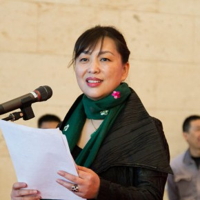 """08 Deputy Director of Shandong Art Museum Liu Xixin hosted the opening ceremony 290x290 - """"The Temperature of History"""" Opened at Shandong Art Museum with Representational Oil Paintings Warming the Earth of Shandong"""