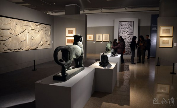 Exhibition view of Sculpture of Love - Memorial Exhibition of Works and Literature of the Couple Sculptors Wang Linyi and Wang Henei