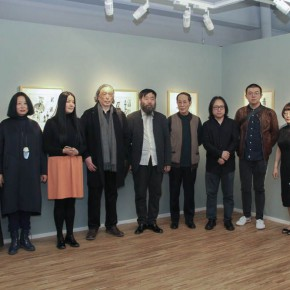 "27 Group Photo of Honored Guests 290x290 - ""My Left Hand – Zhu Xinjian"" Exhibition & the Launch of the First Volume of The Complete Works of Zhu Xinjian Landed at Gauguin Gallery"