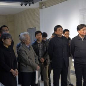 09 The honored guests visited the exhibition