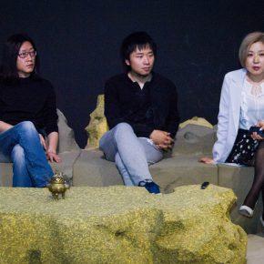 """03 Discussion of Shi Jinsong's works Zhu Zhu Wang Jiyu Fu Xiaodong 290x290 - An Artist's Game about """"Designs"""" - Shi Jinsong: A Personal Design Show is a Cross-Strait Interactive Exhibition"""