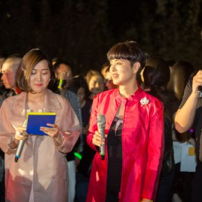 09 CAFA professor Yu Hong recalled her memories when she studied at CAFA at the ceremony