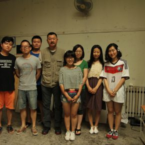 27 Group photo of Xing Yanchao teacher Yuan Ye and his students 290x290 - CAFA Graduation Season 丨Case Observation of Mural: Xing Yanchao – Walking Between the Reality and Ideal