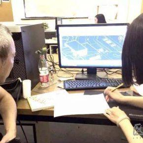 01 Tutor Prof. Lv Pinjing directed Ru Yi's work on graduation design