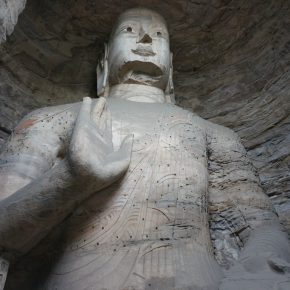 09 The Buddha inside the Yungang Grottoes the photo taken by Tang Yu 290x290 - CAFA Graduation Season丨Case Observation of Art History: Tang Yu – A Text Observer Who Is Engaged in a Lonely Job