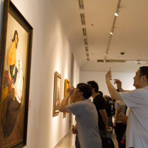 "18 Exhibition view of The Temperature of History CAFA and Chinese Representational Oil Paintings Hubei 290x290 - Centurial Chinese Oil Paintings Tours to the South: ""The Temperature of History"" opened in Wuhan"