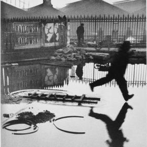 Henri Cartier-Bresson, Derrière la gare Saint-Lazare, 1932; Photography, 40x30cm