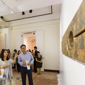 """13 Honored guests visited the exhibition 3 290x290 - Exploration of the Growing Relationship between Art and Medical Science: Zhang Yanzi's """"Essence"""" was unveiled"""