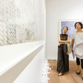 """14 Honored guests visited the exhibition 3 290x290 - Exploration of the Growing Relationship between Art and Medical Science: Zhang Yanzi's """"Essence"""" was unveiled"""