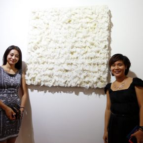"""17 Honored guests visited the exhibition 3 290x290 - Exploration of the Growing Relationship between Art and Medical Science: Zhang Yanzi's """"Essence"""" was unveiled"""