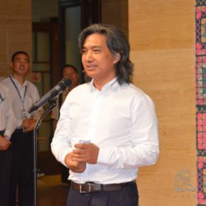 "02 Director of National Art Museum of China Wu Weishan delivered a speech 290x290 - ""Historical Records Dressed by People"": Exhibition of Selected Baby Back Straps from Ethnic Groups in Southwest China"