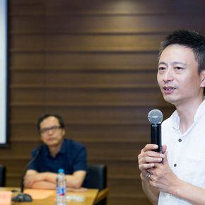 06 Curator of Beijing Media Art Biennale 2016 Fei Jun answered the question put forward by the media