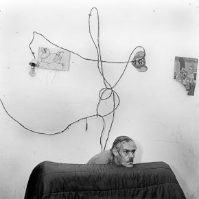"29 Head Below Wires 1999 290x290 - CAFA Art Museum presents ""Roger Ballen: Theater of the Absurd"" featuring his photographic work"