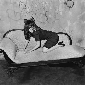 "38 Selma Blair and Rat 2005 290x290 - CAFA Art Museum presents ""Roger Ballen: Theater of the Absurd"" featuring his photographic work"