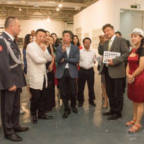 12 Honor guests visited the exhibition