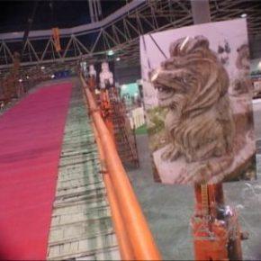 29 Qiu Zhijie, Iron Bridge, 2001