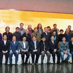 "39 Group photo of all the honor guests 290x290 - History is Today, the Temperature is High: ""The Temperature of History"" is ending in Taiyuan!"