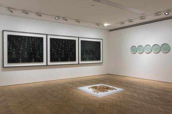 installation-view-of-where-can-the-dust-alight-01