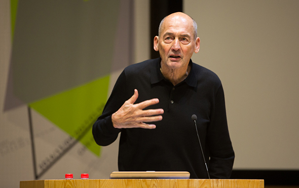 00-featured-image-of-rem-koolhaas