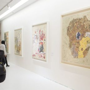 """17 Exhibition view of """"Silk Road · Rock Color"""" 290x290 - """"Silk Road · Rock Color – Illustration of Chinese Rock-Color Painting"""" Opened at the Yan Huang Art Museum"""