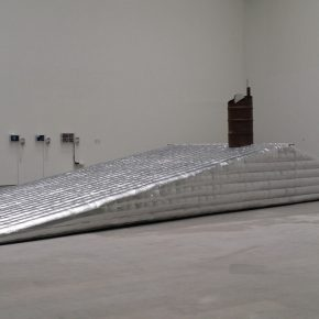 "04 China Academy of Art Guan Huaibin Unmanned Boundary – Skyline installation stainless steel mirror inflatable film fans oil drums motor 2015 290x290 - ""Reciprocal Enlightenment"" – The Third Experimental Art Exhibition was unveiled"