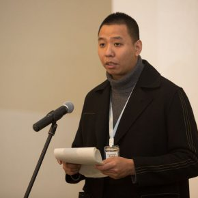 05 Song Gewen, a teacher from the School of Trans-Media Arts at the China Academy of Art, spoke at the opening ceremony