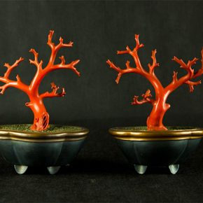08 Two sets of coral bonsai, 12 x 9 x 22 cm, natural Chinese lacquer, 1932-1955