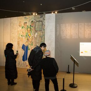 09-teachers-and-students-from-cafa-on-site-reproduced-the-original-appearance-of-yongle-palaces-mural-painting-at-the-exhibition