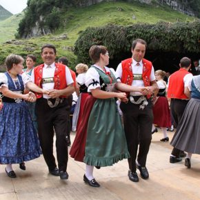 "13 Appenzell's farmers dancing in the ""Uphill Festival"", photo courtesy of Qiao Xiaoguang, 2010"