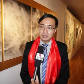 25 Project director of Fantastic Art China, exhibition curator Dr. Chen Kuangdi from CAFA was interviewed by the media