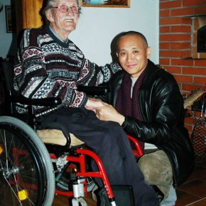 "27 Group photo of Qiao Xiaoguang and Ulises, the last successor of the epic ""Kalevala"", when Qiao visited him in Kohmoor, Finland in October, 2008"
