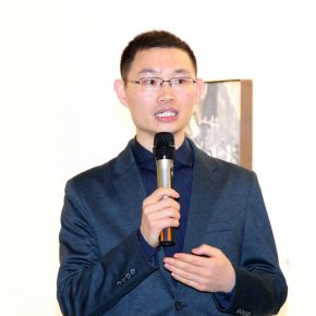 01 Curator Wei Xiangqi 290x290 - Focusing on the Growth Path of the Post-80s Young Artists, Elite Young Artists Program 2017 Started Again
